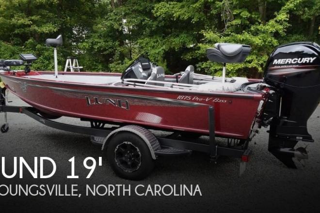 2017 Lund 1875 Pro-V Bass XS - For Sale at Youngsville, NC 27596 - ID 147855