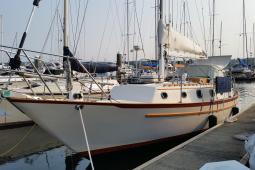 1982 Pacific Seacraft Crealock 37