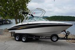 2008 Four Winns 240 Horizon