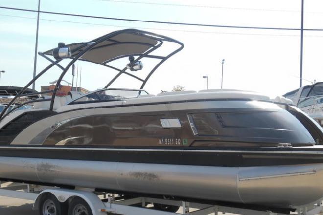2016 Bennington 25 QXCWT I/O - For Sale at Osage Beach, MO 65065 - ID 150169