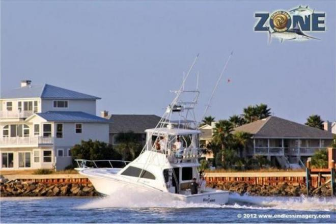 2005 Luhrs 38 Convertible - For Sale at New Smyrna Beach, FL 32168 - ID 150446