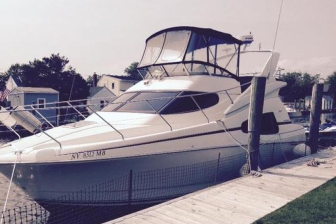 2001 Silverton 330 Sport Bridge - For Sale at West Islip, NY 11795 - ID 150629