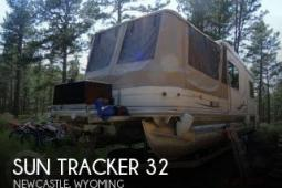 2006 Sun Tracker 32 Custom Party Cruiser