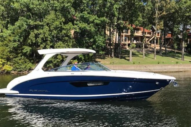 2019 Regal 3300 - For Sale at Osage Beach, MO 65065 - ID 151259