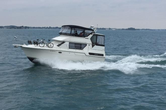 1991 Carver 36 AFT CABIN - For Sale at Harrison Township, MI 48045 - ID 153153
