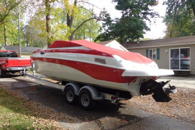 2006 Crownline 270 Bowrider - For Sale at Arnolds Park, IA 51331 - ID 153172