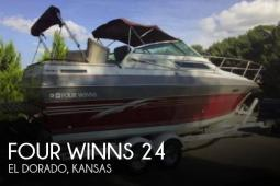 1988 Four Winns 245 Vista