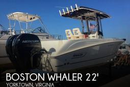 2015 Boston Whaler 220 Outrage