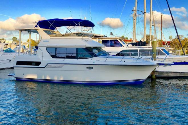 1993 Carver 370 Aft Cabin - For Sale at Kemah, TX 77565 - ID 154866