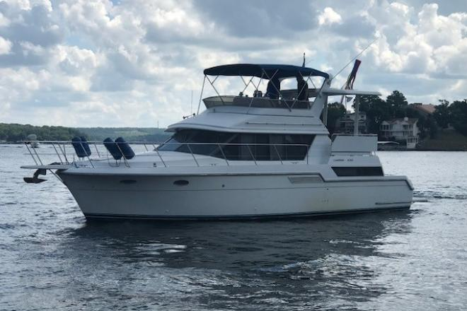 1995 Carver 430 Aft Cabin Motor Yacht - For Sale at Osage Beach, MO 65065 - ID 146912