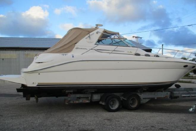1995 Sea Ray 370 Sundancer - For Sale at Ludington, MI 49431 - ID 155231