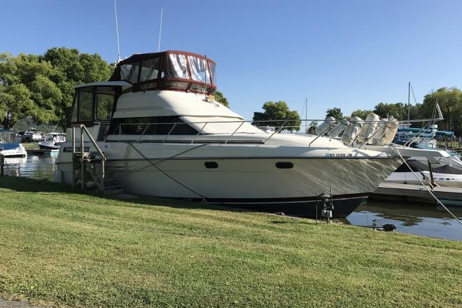 1990 Silverton 41C - For Sale at Port Ewen, NY 12466 - ID 155425