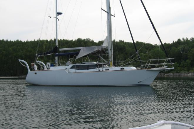 2011 Bruce Roberts 434 blue water cruiser streched to 47' - For Sale at Marinette, WI 54143 - ID 155459
