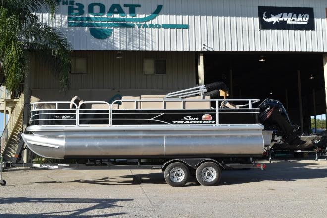 2019 Sun Tracker FISHIN' BARGE® 20 DLX, 90 CT - For Sale at Marrero, LA 70072 - ID 150936