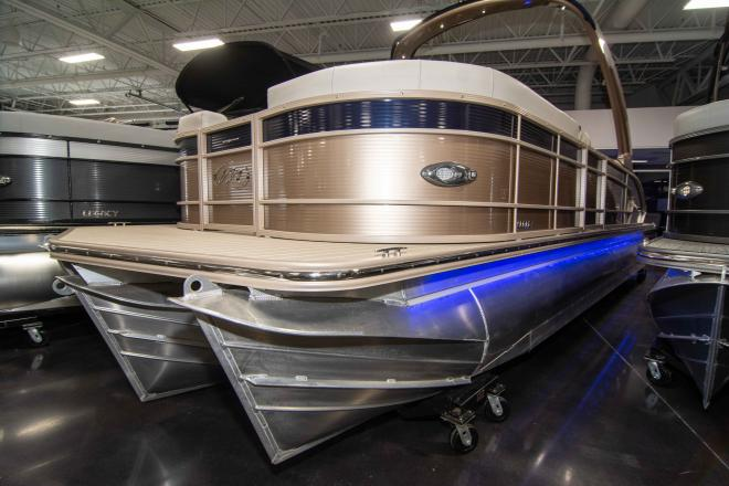 2018 Manitou 25 Legacy RFX SHP - For Sale at Osage Beach, MO 65065 - ID 155755