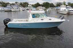 2014 Sailfish 320 Pilot House