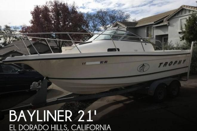 2000 Trophy 2052 WA - For Sale at El Dorado Hills, CA 95762 - ID 155507