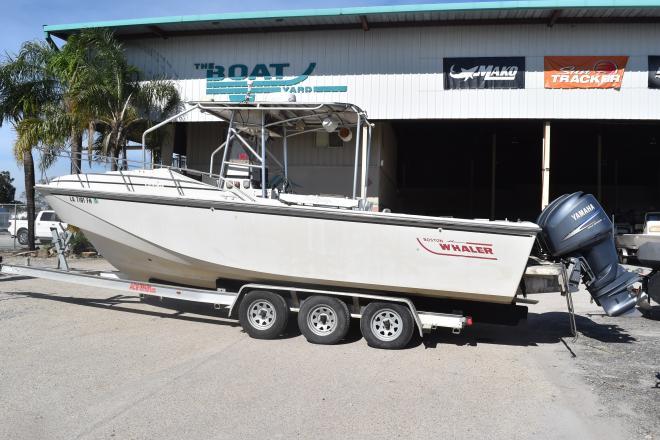 1986 Boston Whaler 27 Cuddy Cabin - For Sale at Marrero, LA 70072 - ID 157459