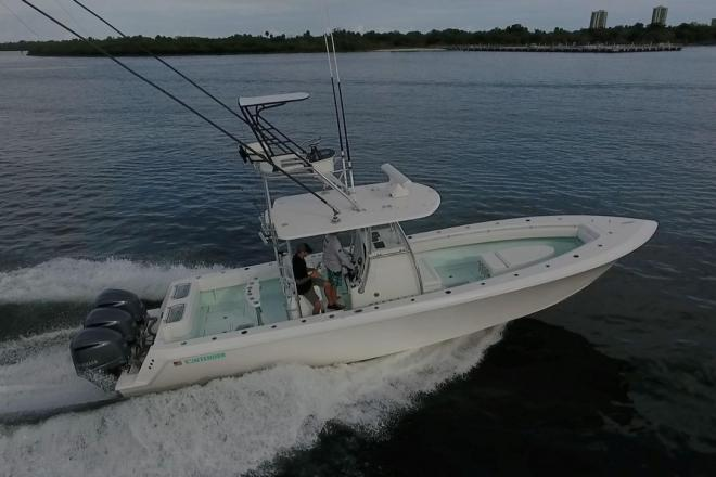 2018 Contender 35T - For Sale at Juno Beach, FL 33408 - ID 157619