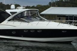 2007 Regal 4060 Commodore