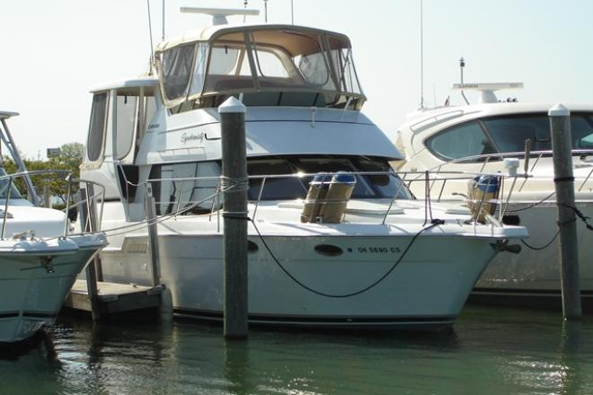 2000 Carver 404CMY - For Sale at Marblehead, OH 43440 - ID 97907