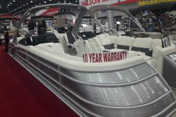 2019 Bennington 30 QSRFBWAX2 - Windscreen Cladded Arch Twin