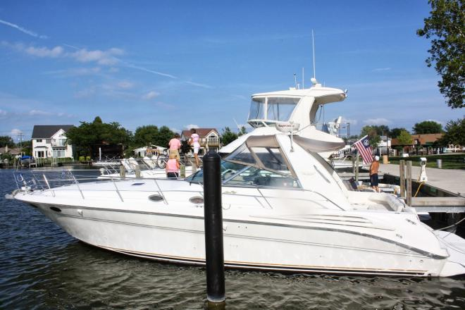 1998 Sea Ray 400 Sundancer - For Sale at Marblehead, OH 43440 - ID 163349