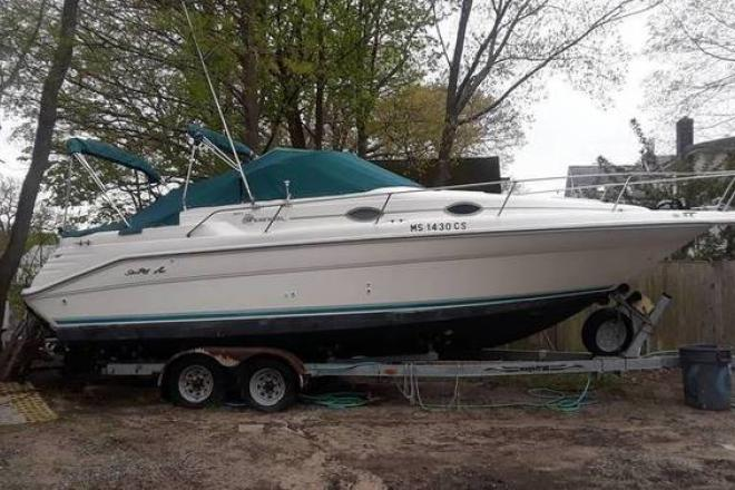 1995 Sea Ray 270 Sundancer (New Mercruiser!) - For Sale at Braintree, MA 2184 - ID 165549