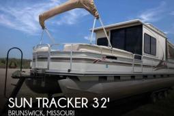 2002 Sun Tracker Party Cruiser 32