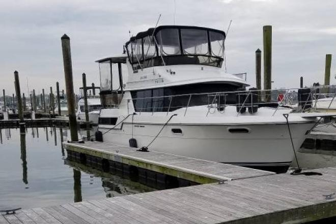 1988 Carver 380 Aft Cabin - For Sale at New Haven, CT 6501 - ID 166001