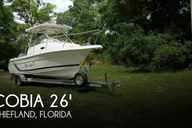 1999 Cobia 240 Walk Around - For Sale at Chiefland, FL 32626 - ID 164497