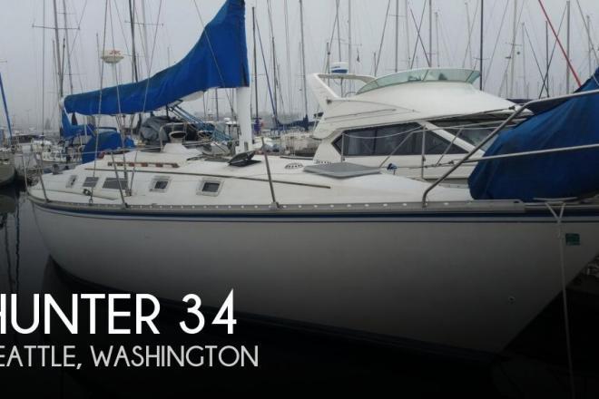 1984 Hunter 34 - For Sale at Seattle, WA 98199 - ID 153425