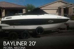 2015 Bayliner Overnighter 642 Cuddy Cabin