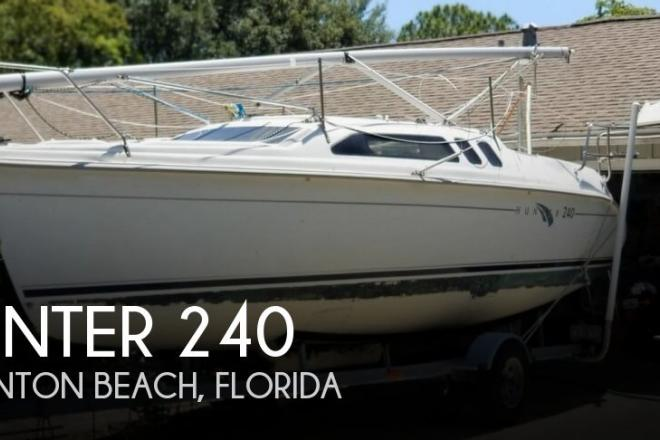 2002 Hunter 240 - For Sale at Boynton Beach, FL 33437 - ID 142570