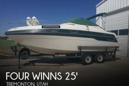 1996 Four Winns 258 Vista