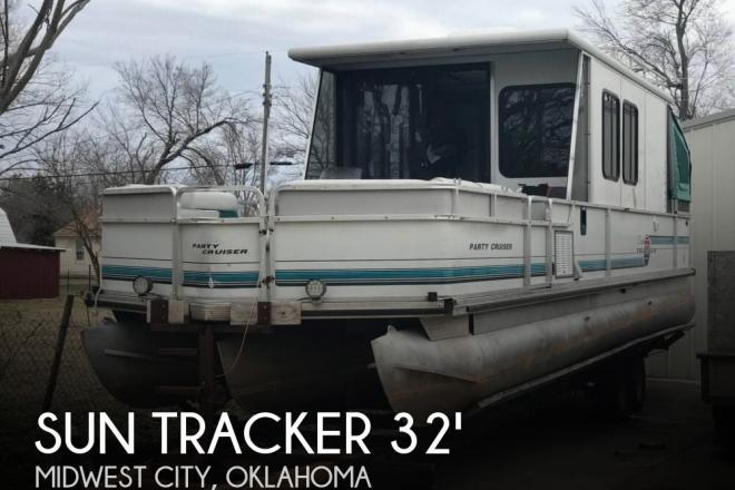 1995 Sun Tracker Party Cruiser 32 - For Sale at Oklahoma City, OK 73130 - ID 138844