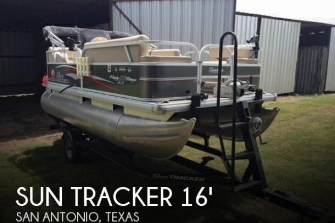 2015 Sun Tracker 16 DLX Party Barge - For Sale at San Antonio, TX 78249 - ID 100992