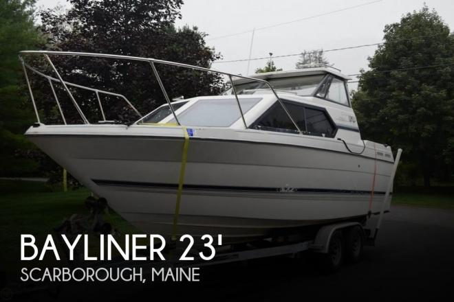 1999 Bayliner 2452 Ciera Express - For Sale at Scarborough, ME 4070 - ID 64909