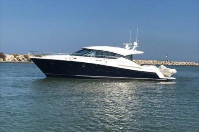 2018 Tiara C 53 COUPE - For Sale at Winthrop Harbor, IL 60096 - ID 163179