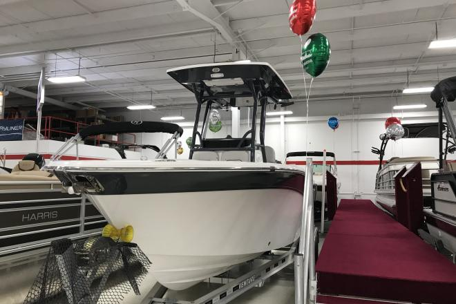 2019 Sea Fox 248 Commander - For Sale at Brighton, MI 48114 - ID 160927