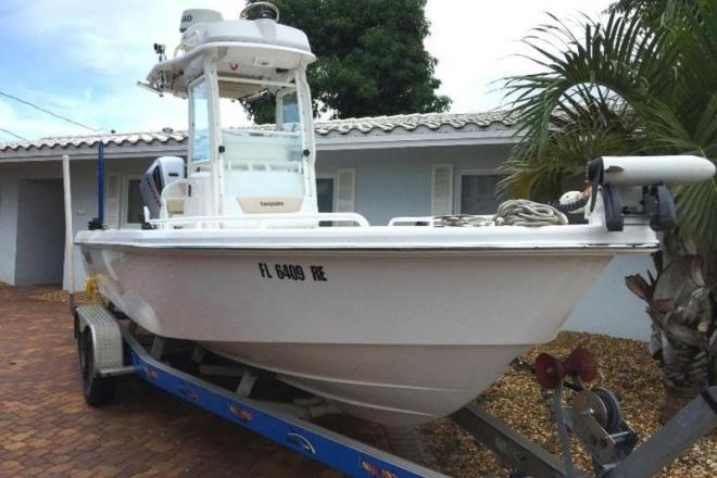 2015 Everglades 243CC - For Sale at Fort Lauderdale, FL 33331 - ID 168581