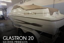 2004 Glastron 20