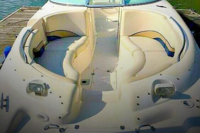 1999 Chaparral Sunesta 233 - For Sale at Charlotte, NC 28205 - ID 100359