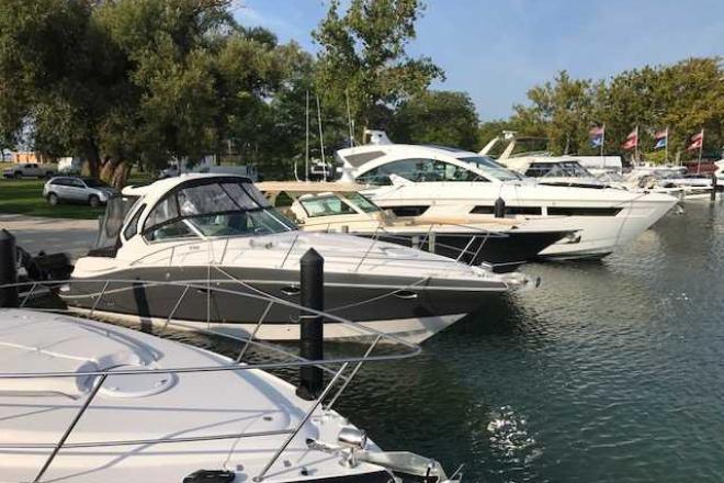 2018 Four Winns 355V - For Sale at Harrison Township, MI 48045 - ID 163511