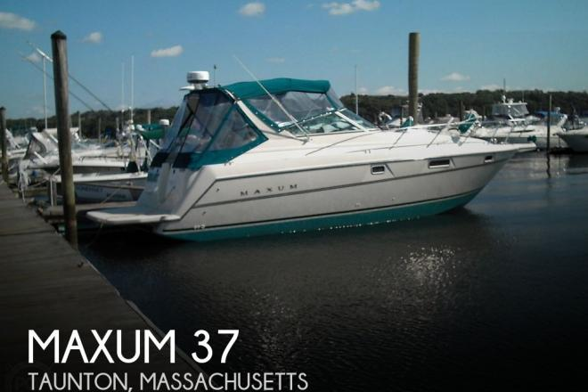 1996 Maxum 3200 - For Sale at Taunton, MA 2780 - ID 170063