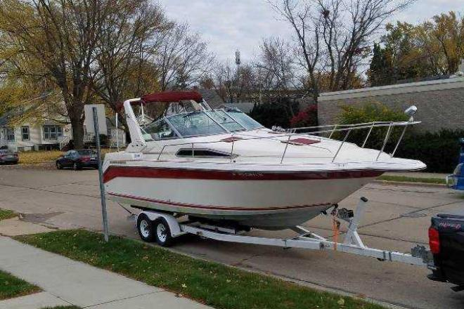 1990 Sea Ray 270 SUNDANCER - For Sale at Oshkosh, WI 54904 - ID 170599