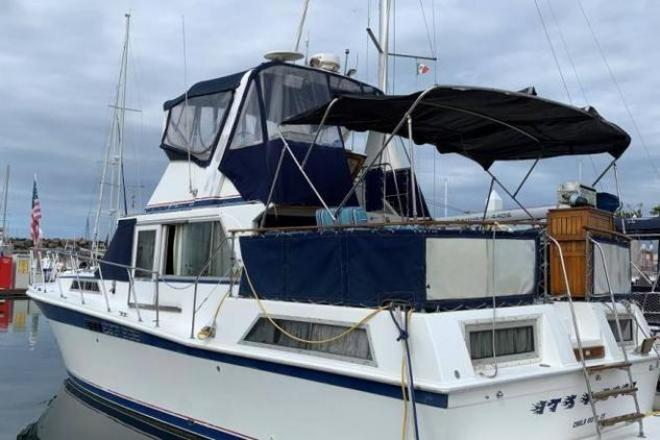 1976 Uniflite 42 Double Cabin - For Sale at Chula Vista, CA 91909 - ID 171026