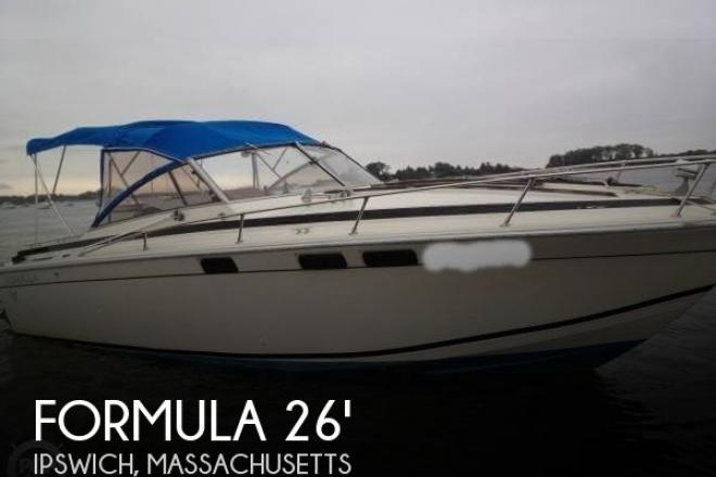 1982 Formula 26 SC Express - For Sale at Ipswich, MA 1938 - ID 143619
