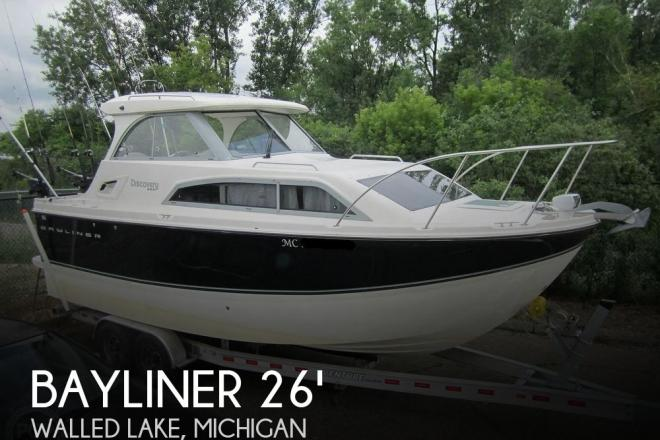 2012 Bayliner 266 Discovery - For Sale at Walled Lake, MI 48390 - ID 168981