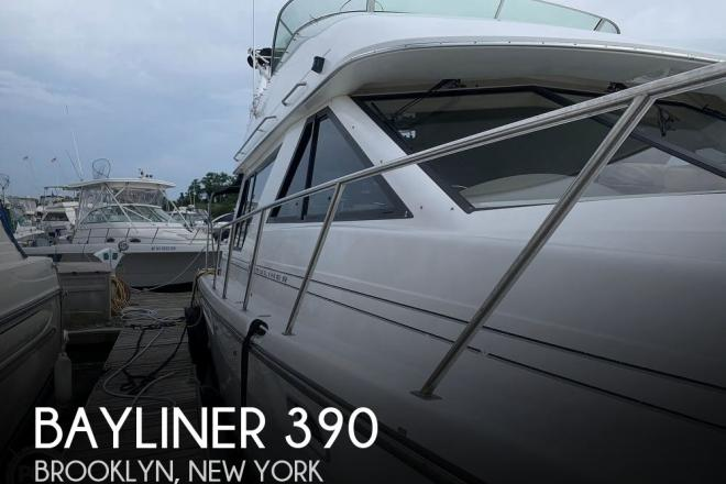 2001 Bayliner 3988 - For Sale at Brooklyn, NY 11229 - ID 170193